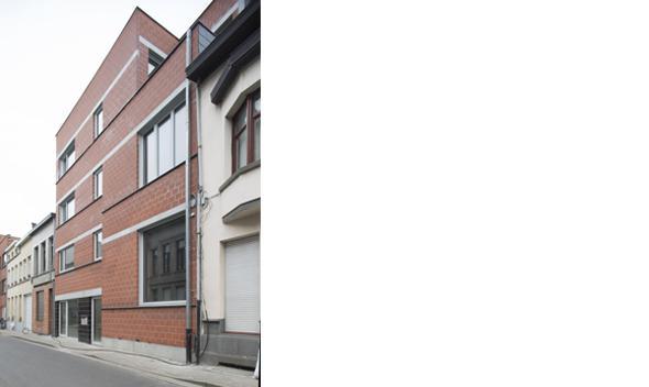 Rooilijn Architectuur Cohousing Borsbeekstraat Passiefbouw Sint-Joris Colorline Geglazuurde Dorpelsteen